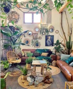 Urban jungle vibes by 💚💚💚 Room Ideas Bedroom, Bedroom Decor, Bedroom Signs, Master Bedroom, Boho Living Room, Jungle Living Room Decor, Jungle Bedroom, Deco Retro, Room With Plants