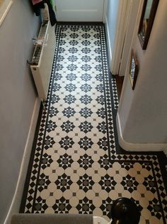 We specialise in Victorian Hallway Tiles and we offer an expert services in sorcing and laying traditional Victorian floor tiles hallway Victorian Tiles Bathroom, Victorian Mosaic Tile, Tiles Design For Hall, Hallway Designs, Hallway Ideas, Minton Tiles, Entrance Hall Decor, Tiled Hallway, Hall Flooring