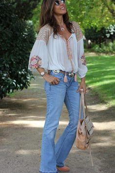 Boho Embroidery Boho Embroidery Fancy Lace yoke Balloon Sleeve Poet Blouse by LadyBon - I love flare jeans like these ones! Me chiflan los jeans de campana como Boho Outfits, Stylish Outfits, Vintage Outfits, Fashion Outfits, Boho Gypsy, Bohemian, Casual Chic, Boho Chic, Moda Hippie