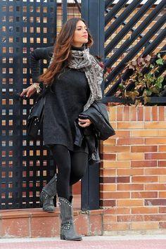Sara Carbonero, sweater as a dress