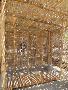 Galería de Playa Man / The Scarcity and Creativity Studio - 6