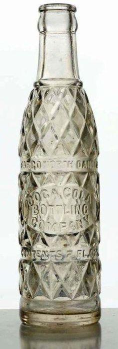 A Coca-Cola Fargo, North Dakota clear embossed vintage glass soda bottle, circa to 7 oz [diamond pattern embossed Coca-Cola Bottling Company]. Coca Cola Vintage, Coca Cola Ad, Always Coca Cola, World Of Coca Cola, Coca Cola Bottles, Soda Bottles, Glass Bottles, Wine Bottles, Antique Bottles