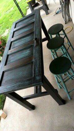 The best DIY projects & DIY ideas and tutorials: sewing, paper craft, DIY. DIY Furniture Plans & Tutorials : Old door bar table - like the look but would top with glass or resin. Drinking and uneven surfaces do not play well Furniture Projects, Furniture Makeover, Home Projects, Diy Furniture, Old Door Projects, Craft Projects, Pallet Projects, Old Door Crafts, Vintage Furniture