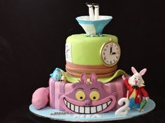 Alice in wonderland cake - Cake Decorating Community - Cakes We Bake Alice In Wonderland Cupcakes, Alice In Wonderland Birthday, Alice In Wonderland Tea Party, Big Cupcake, Cupcake Cakes, Funny Cake, Dessert Decoration, Cake Decorations, Occasion Cakes