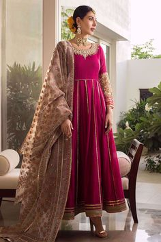 Show details for Scarlet Sapphire Beautiful Pakistani Dresses, Pakistani Formal Dresses, Pakistani Dress Design, Beautiful Dresses, Pakistani Fashion Party Wear, Pakistani Wedding Outfits, Stylish Dresses For Girls, Dresses For Work, Indian Designer Outfits