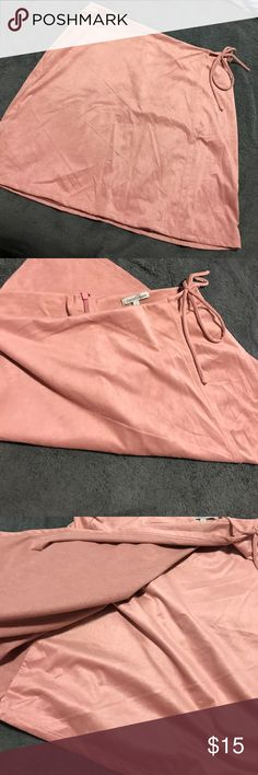 Suede skirt NWT. Selling everything in my closet so feel free to ask for anything. I might have it but it's not listed. Conditions are very good with this item. ⭐️ bundle for discount and I can Charlotte Russe Skirts Midi