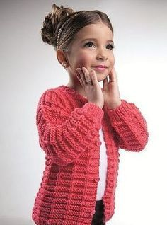 Coral jacket for a girl with knitting needles. Discussion on LiveInternet - Russian Online Diary Service Baby Knitting Patterns, Baby Cardigan Knitting Pattern, Knitted Baby Cardigan, Knitting For Kids, Baby Sweaters, Girls Sweaters, Coral Jacket, Diy For Girls, Kids Girls