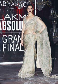 Deepika Padukone at the Lakme Fashion Week Winter/Festive 2016. #Bollywood #Fashion #Style #Beauty #Hot #Sexy #Saree