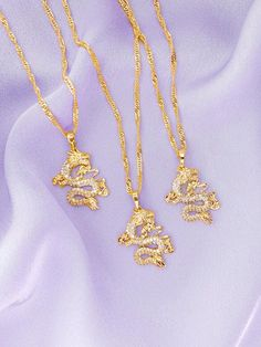 Gold Dragon Necklace – 2020 Fashions Womens and Man's Trends 2020 Jewelry trends Keep Jewelry, Trendy Jewelry, Cute Jewelry, Luxury Jewelry, Silver Jewelry, Jewelry Accessories, Jewelry Necklaces, Gold Bracelets, Diamond Earrings