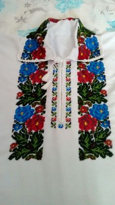 Types Of Shirts, Diy And Crafts, Weaving, Summer Dresses, Fashion, Beaded Jewelry, Shirts, Needlepoint, Flowers