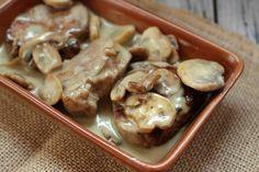 Los Medallones de solomillo de cerdo con queso azul es un plato de sabor potente que os va a encantar.