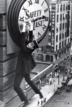 With its torrent of perfectly executed gags and astonishing stunts, Safety Last! is the perfect introduction to the comic genius of silent star Harold Lloyd. Harold Lloyd, Aldous Huxley, All Movies, Movie Tv, Clocks Fall Back, The Stoics, The Criterion Collection, Daylight Savings Time, Silent Film