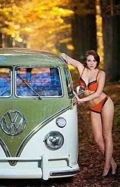 Classic Car News Pics And Videos From Around The World Volkswagen Transporter, Volkswagen Bus, Vw T1, Vw Camper, Trucks And Girls, Car Girls, Combi Ww, Van Vw, Kdf Wagen