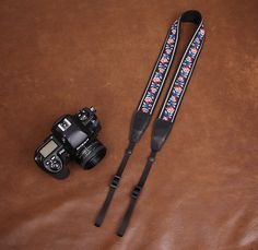 Embroidered Style Red Flowers Strap Sony Nikon Canon Handmade Leather Camera Strap 7548