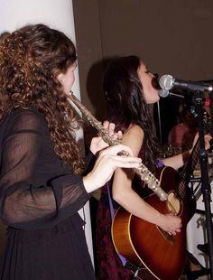 Miriam Barriuso: voz Erica Liquete: flauta