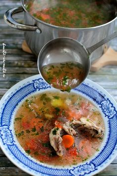 Chicken soup with lovage Cabbage Soup, Chicken Soup, Food Photo, Thai Red Curry, Food And Drink, Ethnic Recipes, Food Photography, Chicken Soups