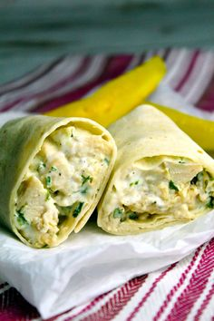 Ranch Chicken Wraps are a simple 4 ingredient grilled chicken wrap recipe, perfect for lunch at home or work. Cheesy and delicious! Wrap Recipes For Lunch, Chicken Wrap Recipes Easy, Turkey Wrap Recipes, Chicken Tortilla Wraps, Grilled Chicken Wraps, Ranch Chicken Wrap, Watermelon Salad, Food Test, Wrap Sandwiches
