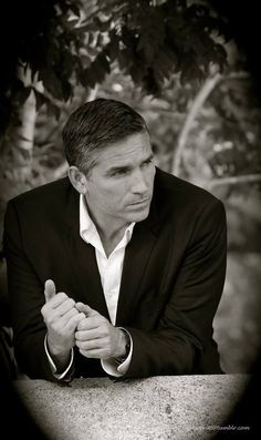 Gorgeous shot of Jim as John Reese, by director Chris Fisher.