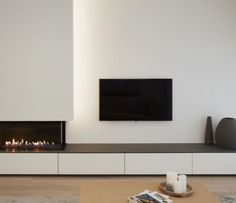 Fireplace Feature Wall, Corner Gas Fireplace, Living Room Decor Fireplace, Home Fireplace, Modern Fireplace, Living Room Tv, Fireplace Design, Modern Tv Room, Living Room Inspiration