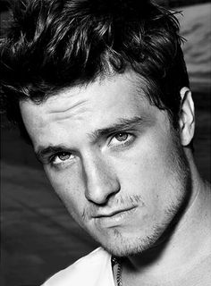 Josh Hutcherson he finally doesnt look like a twelve year old anymore! Thank the lord almighty!!!