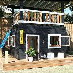 The ultimate playhouse Backyard Playhouse, Build A Playhouse, Backyard Playground, Backyard For Kids, Kids Cubby Houses, Play Houses, Small Studio Apartments, Modern Apartments, College Apartments