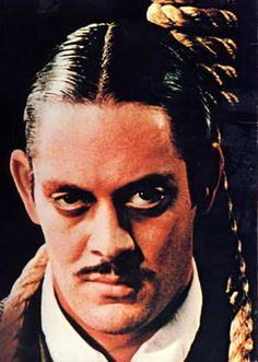 Raul Julia. The sexiest Gomez Addams ever!