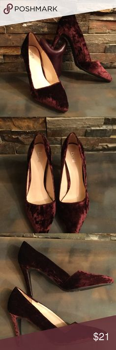 NEW Bar III Crushed Velvet Classic High Heel Pumps Brand new,only minor signs on the soles of my wearing them at home on the carpet. Perfect condition high heels, Bar III crushed red velvet is so pretty.  Classy heels!  Size 8.5. Bar III Shoes Heels