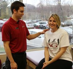 JAG Physical Therapist working with a patient at JAG PT Cedar Knolls