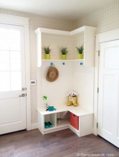 Corner Built-In Mudroom -- I want this so much! | 100+ Beautiful Mudrooms and Entryways at Remodelaholic.com