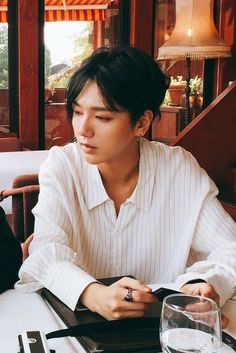 Yesung rocking Shota's look. Siwon, Leeteuk, Heechul, Magazine Cosmopolitan, Instyle Magazine, Super Junior Kpop, Yoona, Snsd, Korean Boy