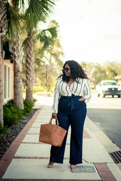 Plus size fashion for women work outfit inspo in 2019 одежда Plus Size Clothing Stores, Plus Size Womens Clothing, Clothes For Women, Clothing Sites, Trendy Clothing, Clothing Patterns, Kayak Clothing, Bicycle Clothing, Tactical Clothing