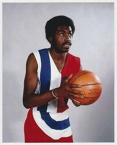 Wizards Basketball, Basketball Stuff, Sports Basketball, Basketball Players, Washington Wizards, Team Uniforms, Sports Figures, Nba Players, Bullets