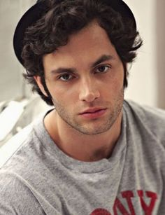 Penn Badgley. What. a. hunk. TOO ATTRACTIVE. :D <3 eyes, hair, smile, personality? check. check. check. check. He is flawless and so down-to-earth. We belong together. its true. (: