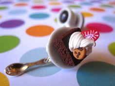 brownie coffee earrings Miniature Food, Pudding, Jewellery, Coffee, Amazing, Earrings, Desserts, Crafts, Kaffee