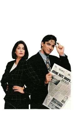 """Teri Hatcher and Dean Cain in """"Lois & Clark : The New Adventures of Superman"""""""