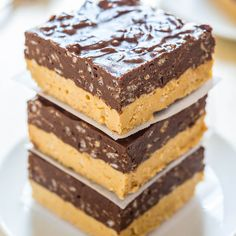 I love a good two-for-one deal. Especially when that deal involves peanut butter and chocolate. Sometimes it's impossible to pick which one I want, and with these bars I don't have to. There'sa peanut butter and white chocolate base that's soft yet dense, rich, and creamy. The top is a layer of chocolate-peanut butter fudge, …