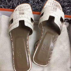 206 Best shoes images   Shoes, Me too shoes, Shoe boots
