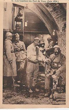 les poilus au fort de Vaux World War One, First World, Bataille De Verdun, Social Science, Vietnam War, Cold War, First Photo, Art History, Wwii