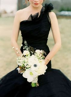 Black & White Wedding - Wedding Ideas (part of me still wishes I would have done a black dress <3)