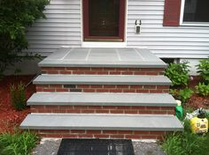 blue stone and brick steps | ... Bluestone Treads and Thermal Bluestone Pavers with Mowhawk Face Brick