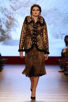 Cojoc blanita ecologica Fur Coat, Jackets, Collection, Fashion, Down Jackets, Moda, Fashion Styles, Jacket, Fasion