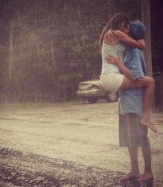 Kiss in the rain. Bucket list!!