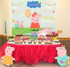 Kiddie Soiree 's Birthday / Peppa Pig - Photo Gallery at Catch My Party Peppa Pig Birthday Cake, Cake Table Birthday, Girl 2nd Birthday, 4th Birthday Parties, Cumple Peppa Pig, Pig Party, Birthday Decorations, Pig Ideas, Party Ideas
