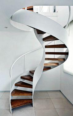 Belas curvas neste escada