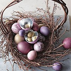 Get ready for Easter this year with touches of spring around the home. With a garden-fresh palette and colorful eggs, this cheery decor is a welcome change from winter hues.