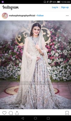 Pakistani actress Hira Mani's latest bridal Shoot and Hira looks sumptuous and elegant in bridal look. Do bol actress Hira gracefully carry the wedding dress and look absolutely marvelous. Walima Dress, Shadi Dresses, Mehndi Dress, Latest Bridal Dresses, Wedding Dresses For Girls, Bridal Outfits, Weding Dresses, Pakistani Dress Design, Pakistani Wedding Dresses