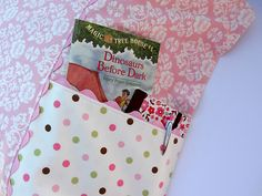 Pocket pillowcase tutorial...great idea for the kids!