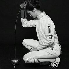 """483 次赞、 1 条评论 - Women's Fencing (@womens.fencing) 在 Instagram 发布:""""#Repost @clauddiagomez  #fencewithfun #fencing #escrime  #touche #esgrima #moments #fencinggirl…"""""""