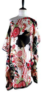 Lisa Nieves Tunic. This Lisa Nieves Chiffon Print Spring tunic is one of Tradesy's Top Ten deals of the week!