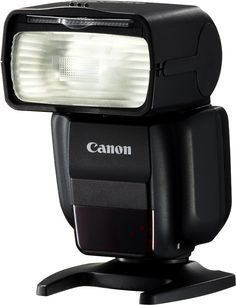 Take your creative photography to the next level and achieve greater control over lighting with the Speedlite 430EX III flash unit
